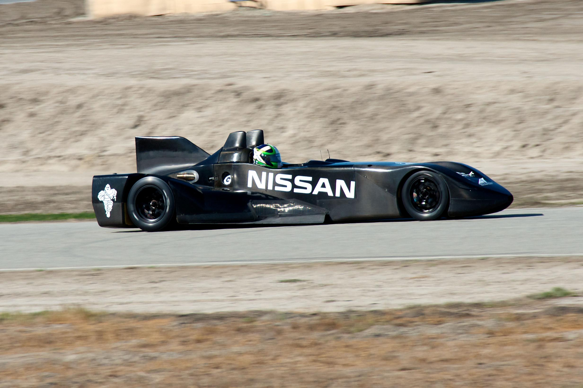 Nissan DeltaWing Batmobile Driving