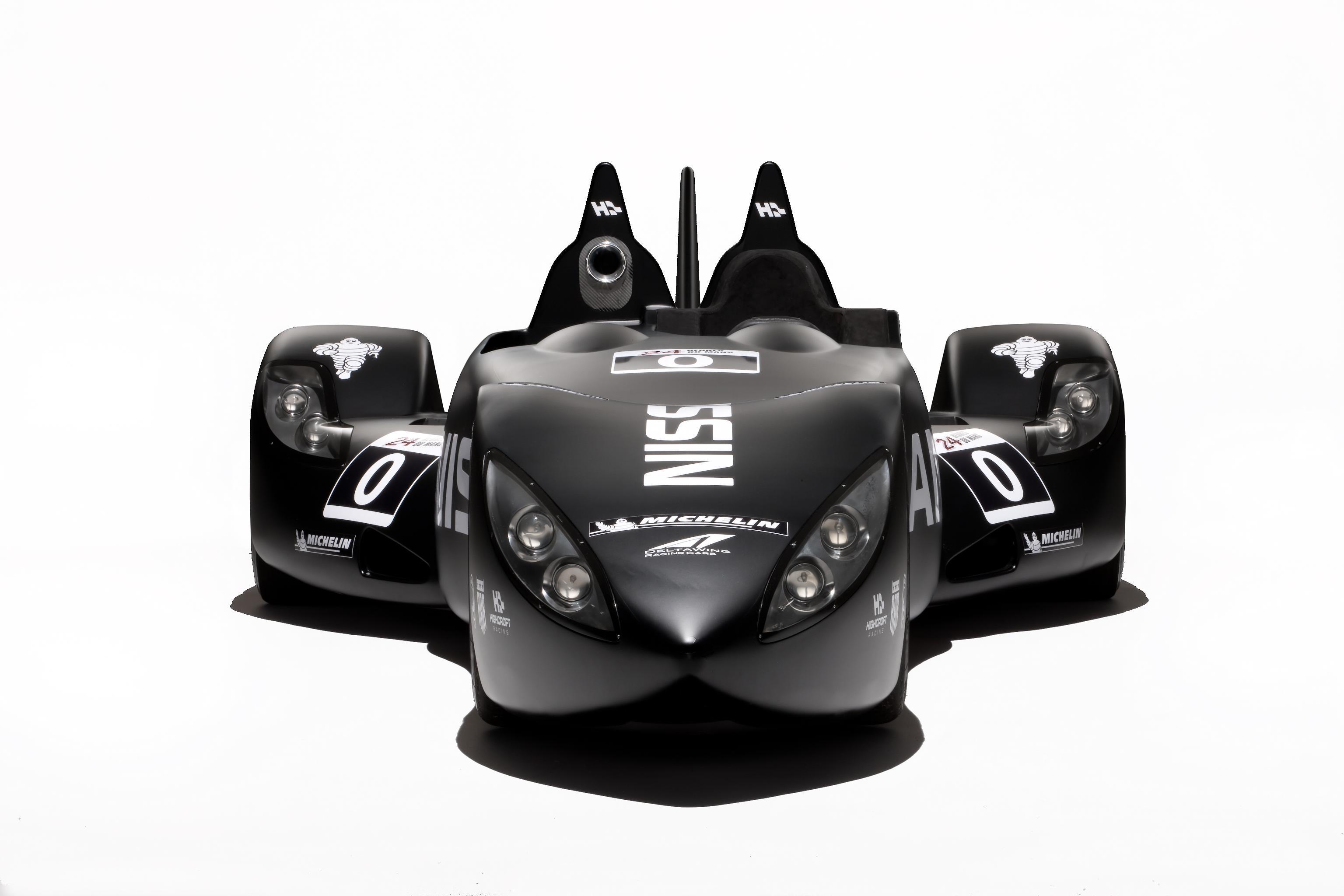 Nissan DeltaWing Batmobile Front 3