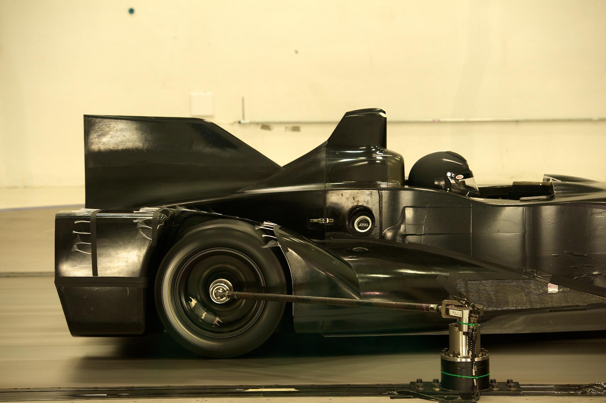 Nissan DeltaWing Batmobile Rear Wheel