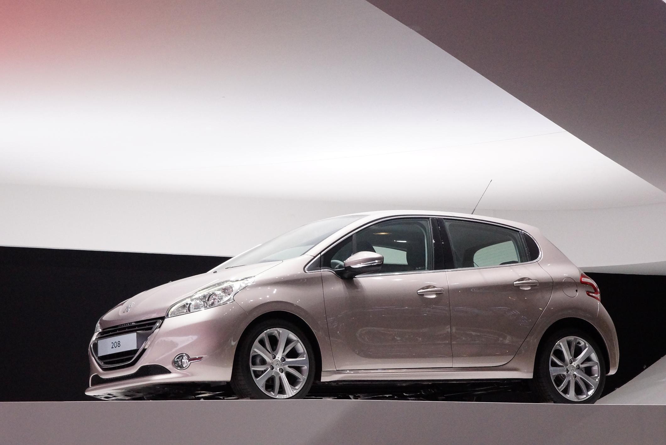 Peugeot 208 Geneva 2012