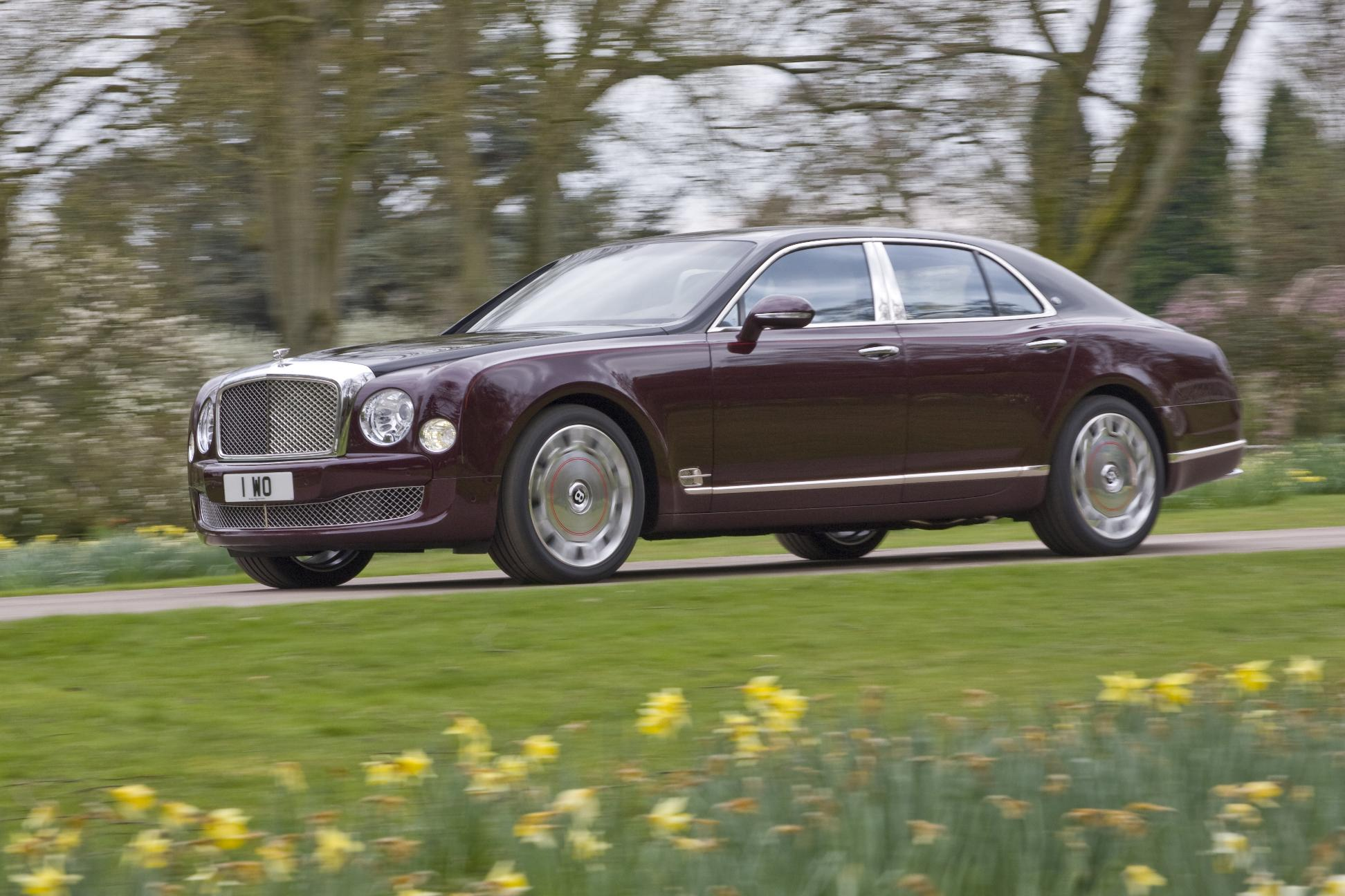 Bentley Mulsanne Diamond Jubilee Edition Driving 2