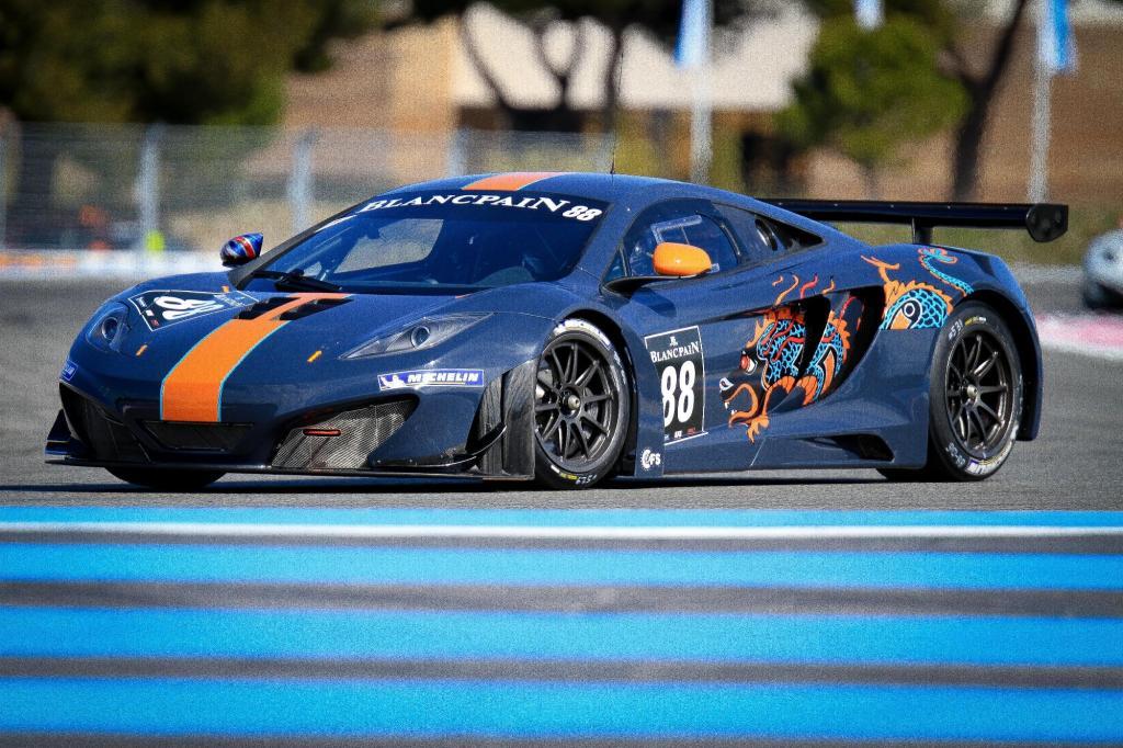 McLaren MP4-12C GT3 2