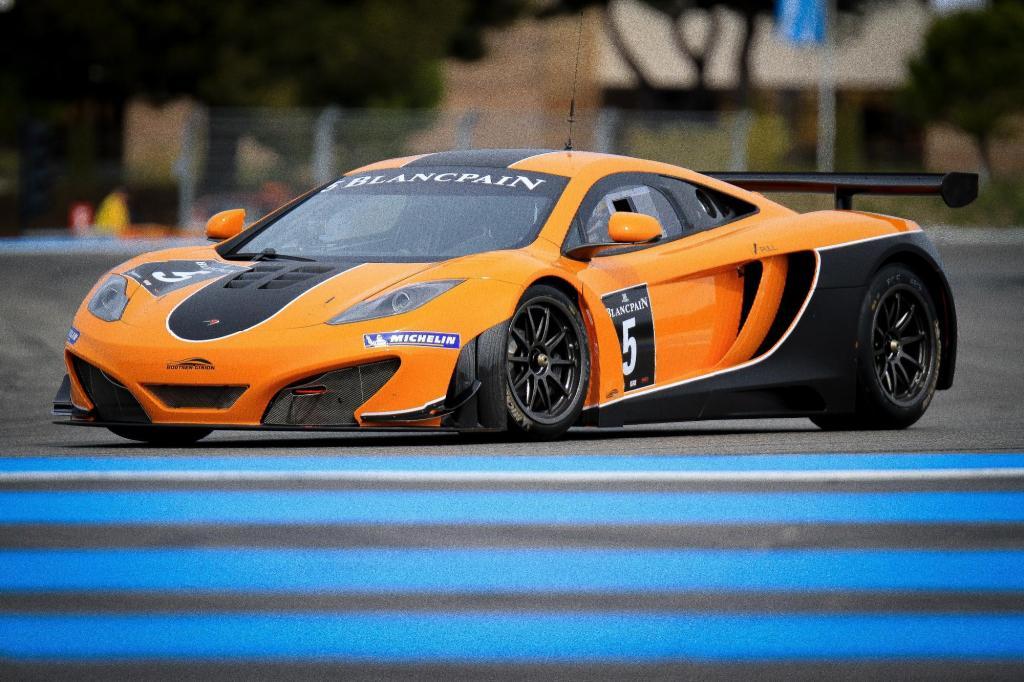 McLaren MP4-12C GT3 3