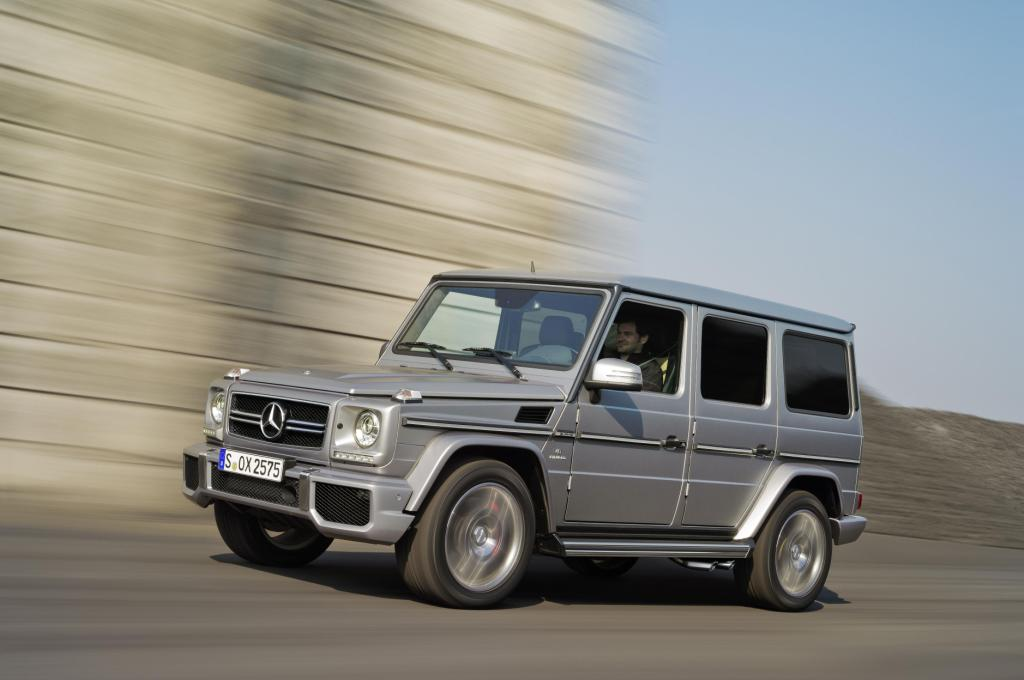 Mercedes G63 AMG Driving