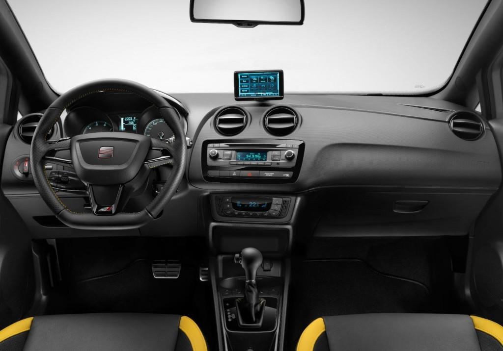 Newmotoring seat ibiza cupra concept interior newmotoring for Seat ibiza cupra interior