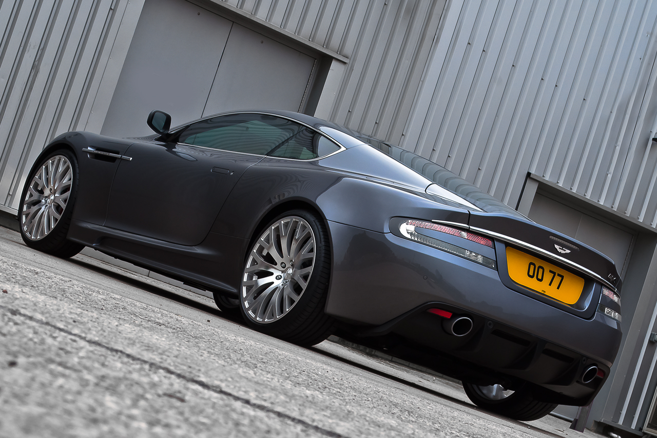 Aston Martin DBS Kahn Casino Royale Rear