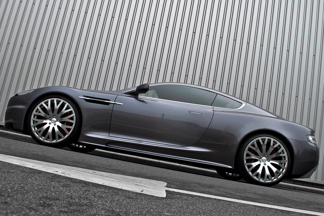 Aston Martin DBS Kahn Casino Royale Side Low