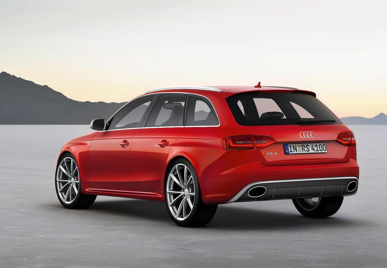 Audi RS4 Avant Rear