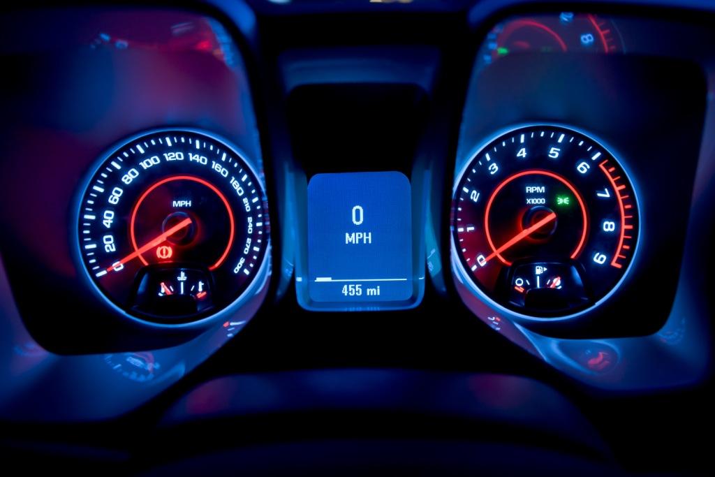 Chevrolet Camaro Coupé Dials
