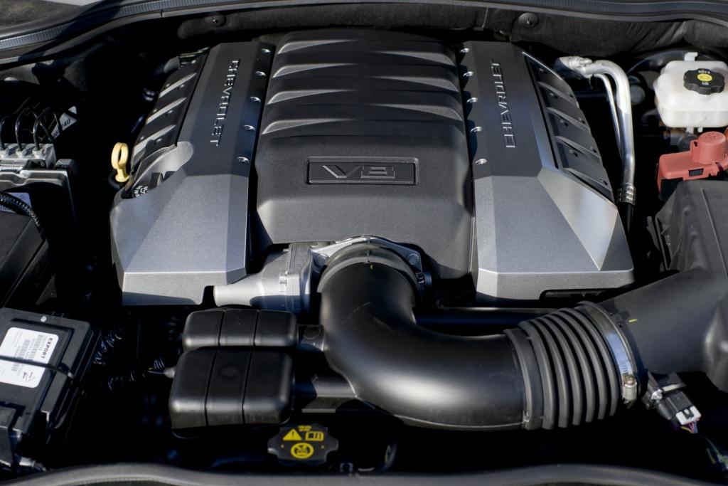 Chevrolet Camaro Coupé Engine