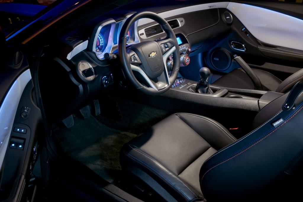 Chevrolet Camaro Coupé Interior
