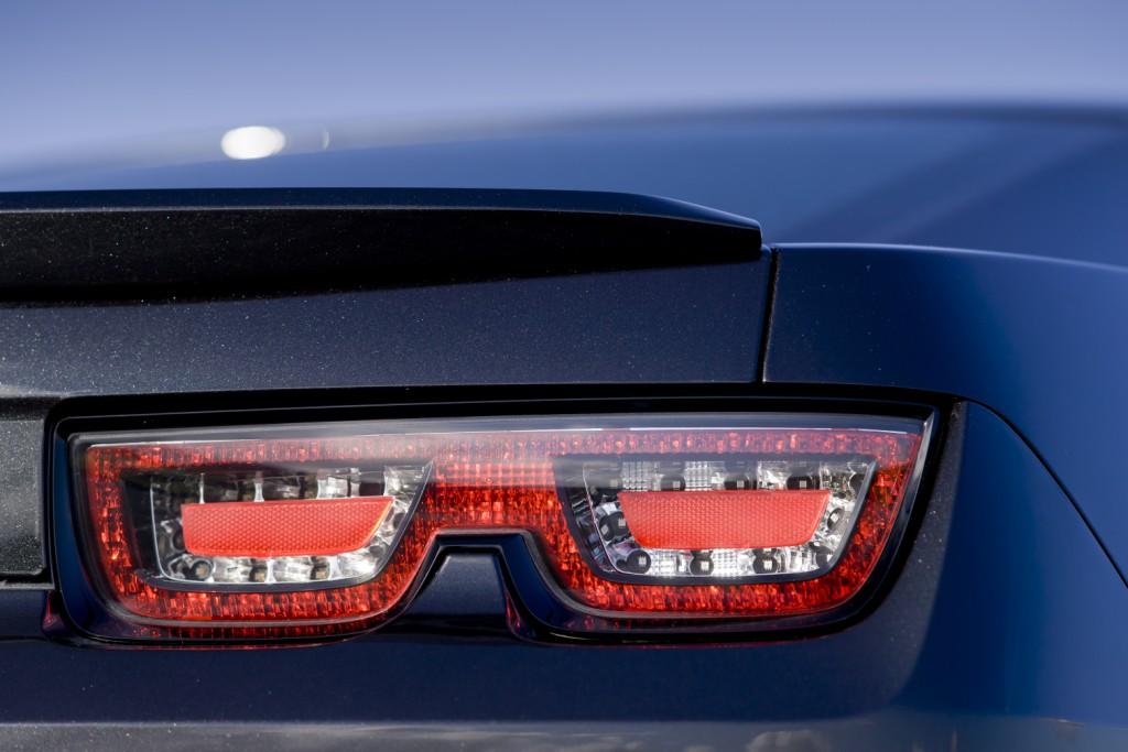 Chevrolet Camaro Coupé Rear Light
