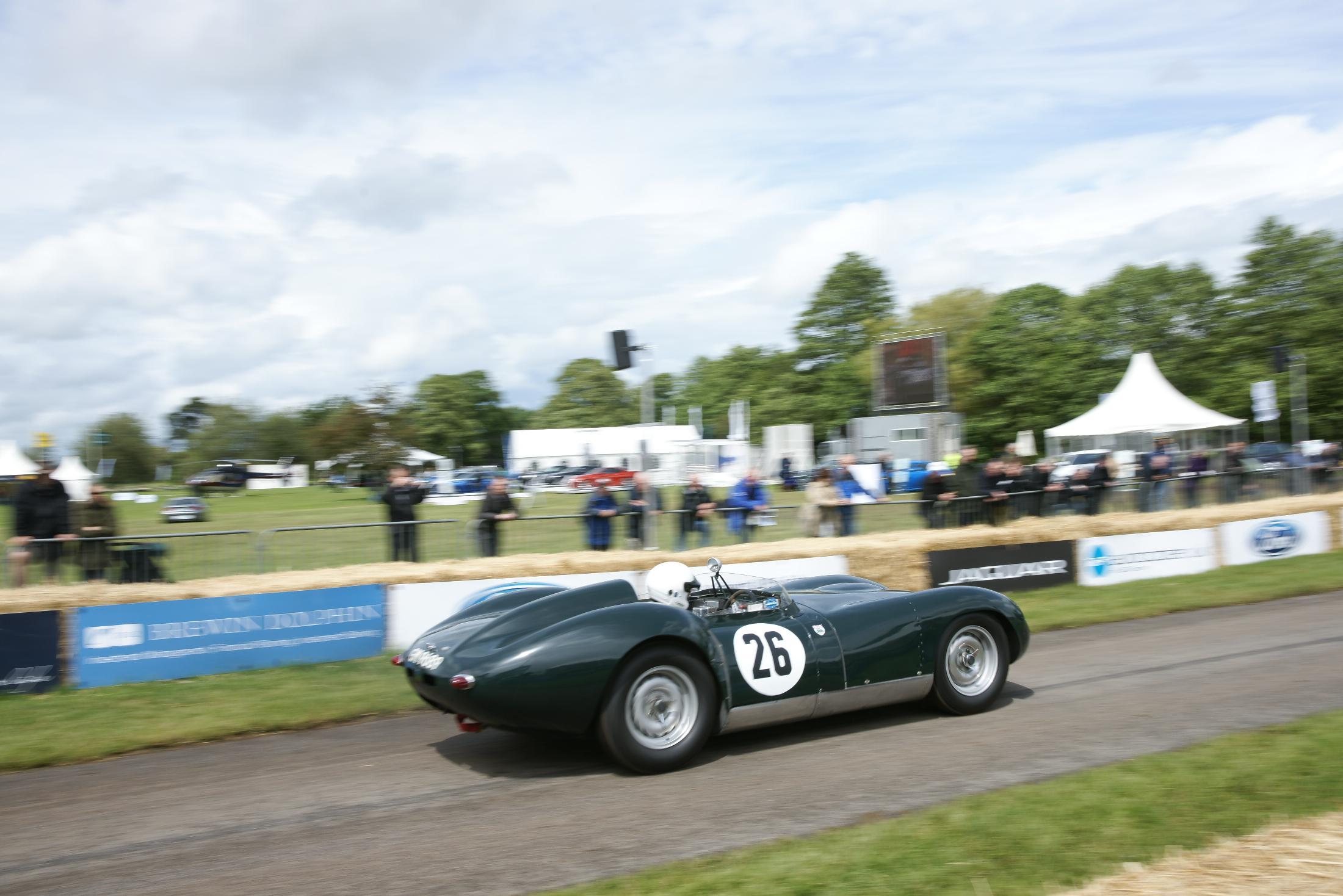 Lister Jaguar Cholmondeley 2012