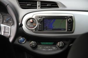 Toyota Yaris Hybrid Touch & Go Satnav