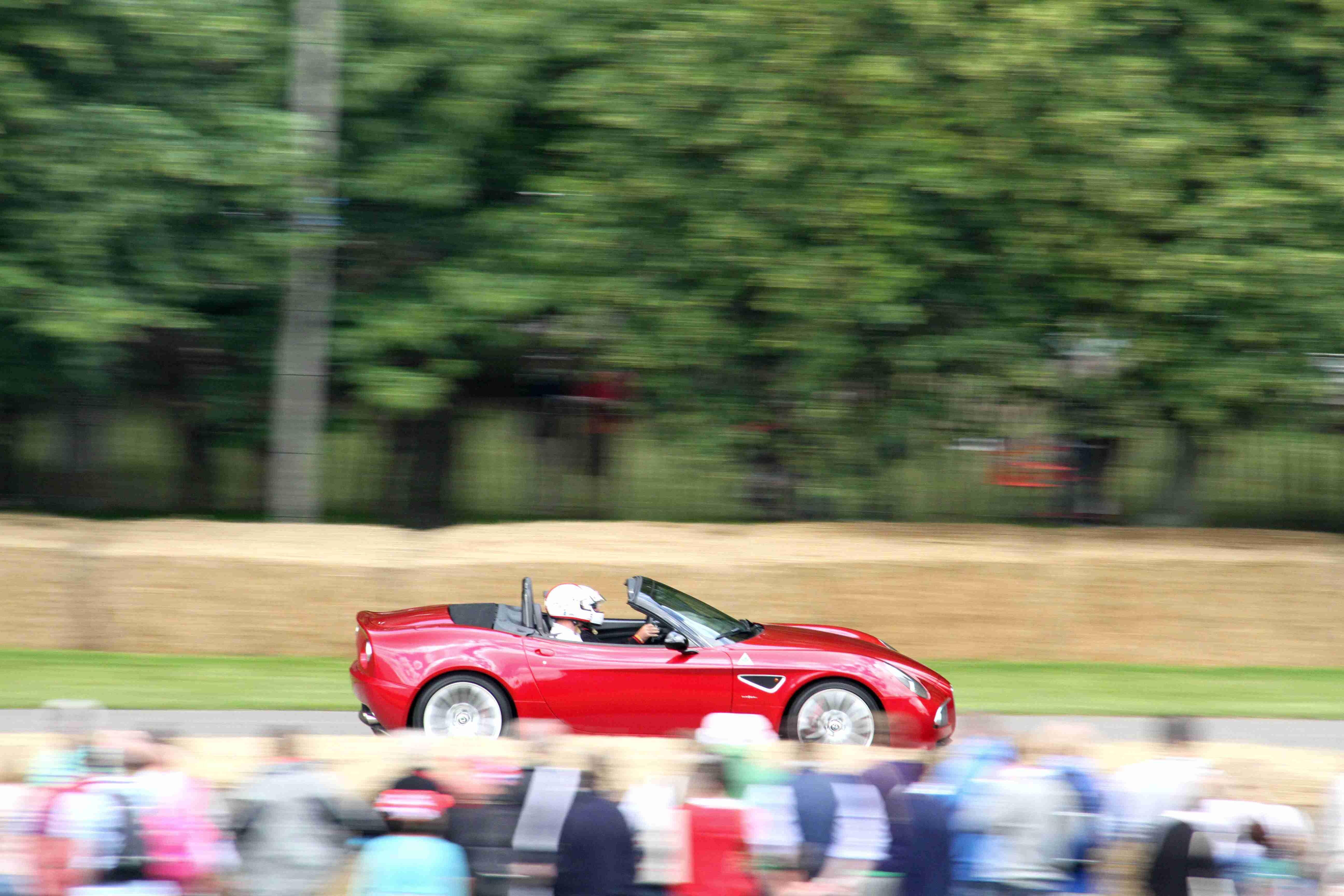Alfa Romeo 8C Spider Side