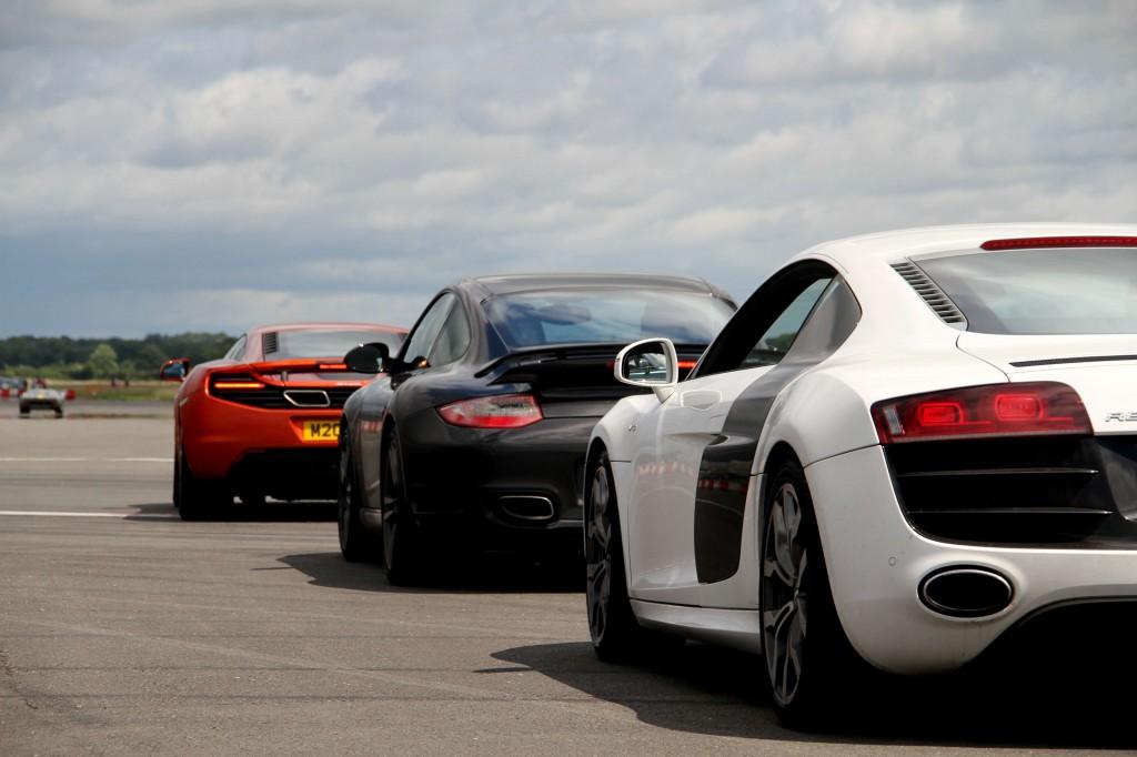 newmotoring audi r8 v10 porsche 911 turbo s mclaren mp4-12c