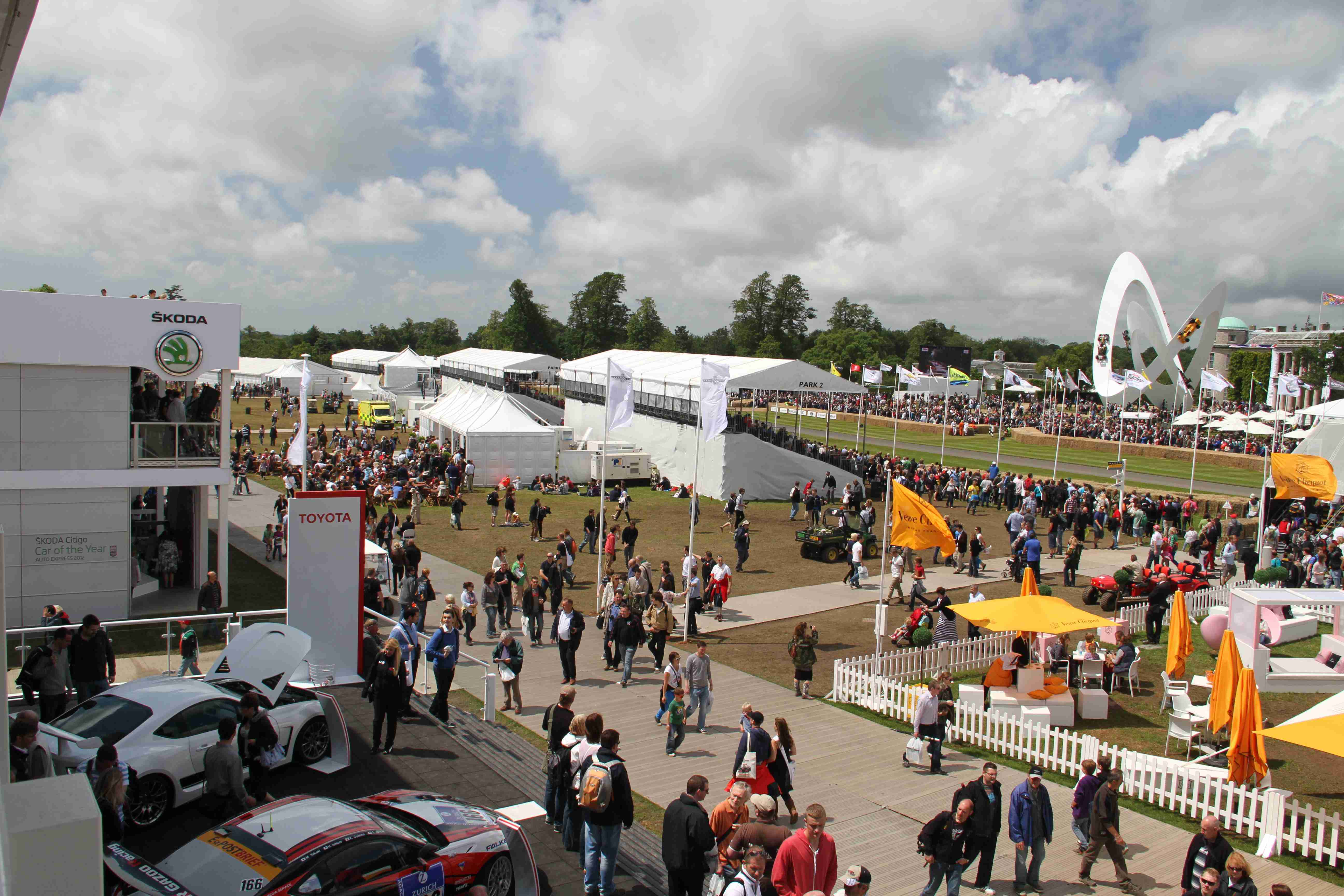Goodwood Crowds