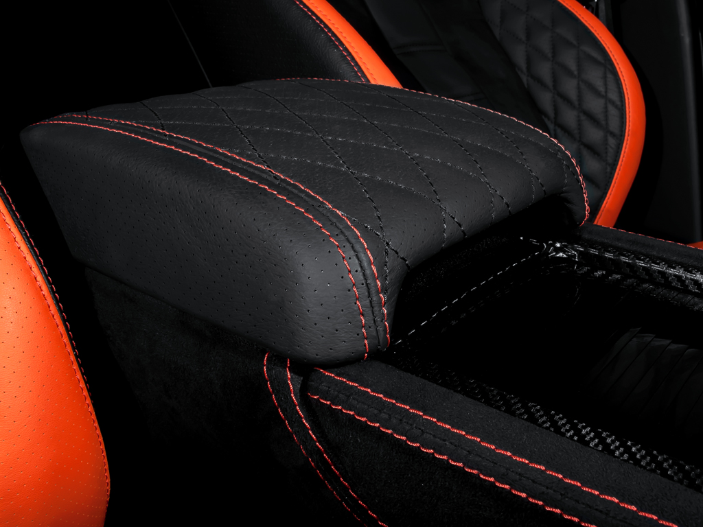 Kahn RS250 Evoque  Vesuvius Edition Range Rover Arm Rest