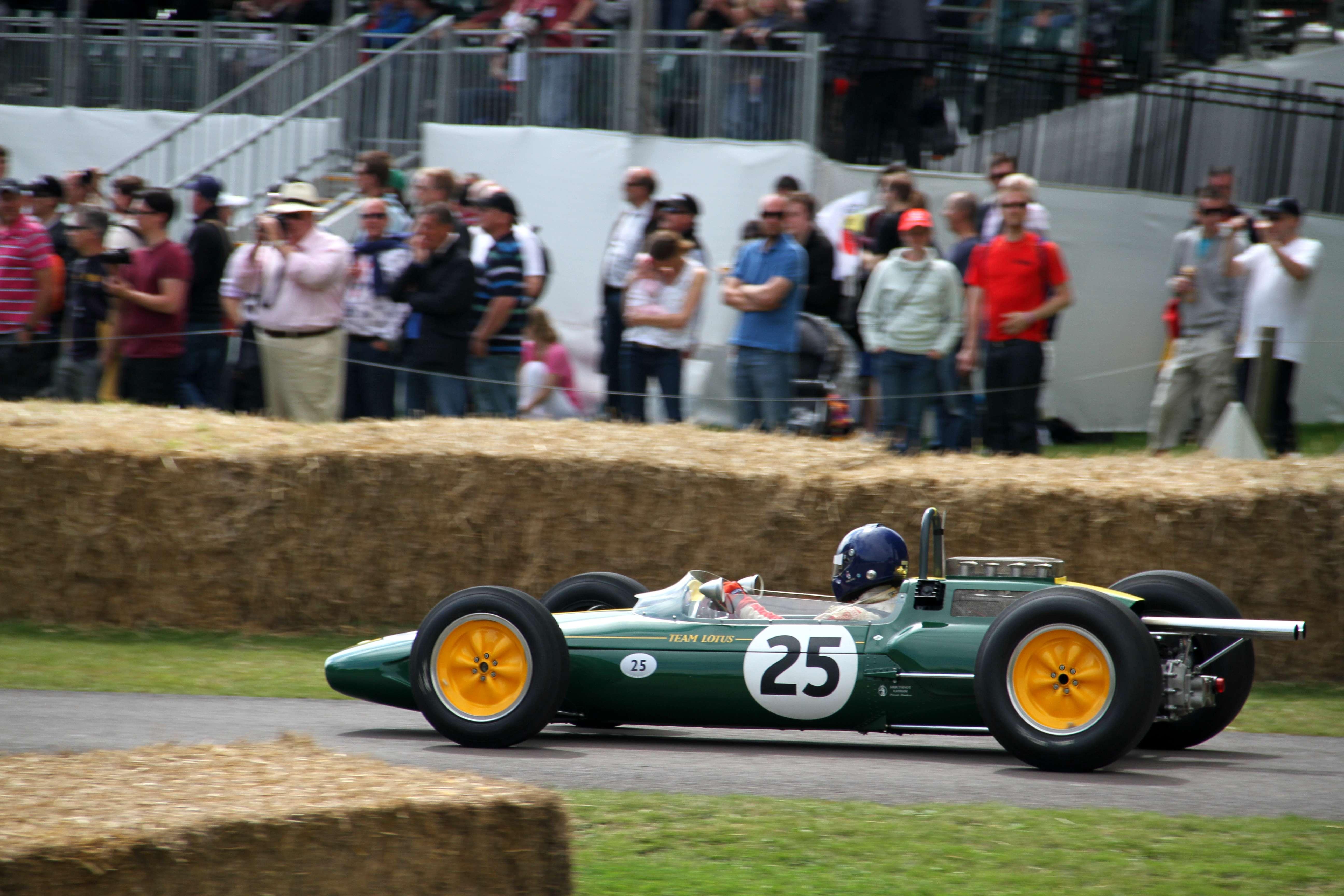 Lotus F1 2