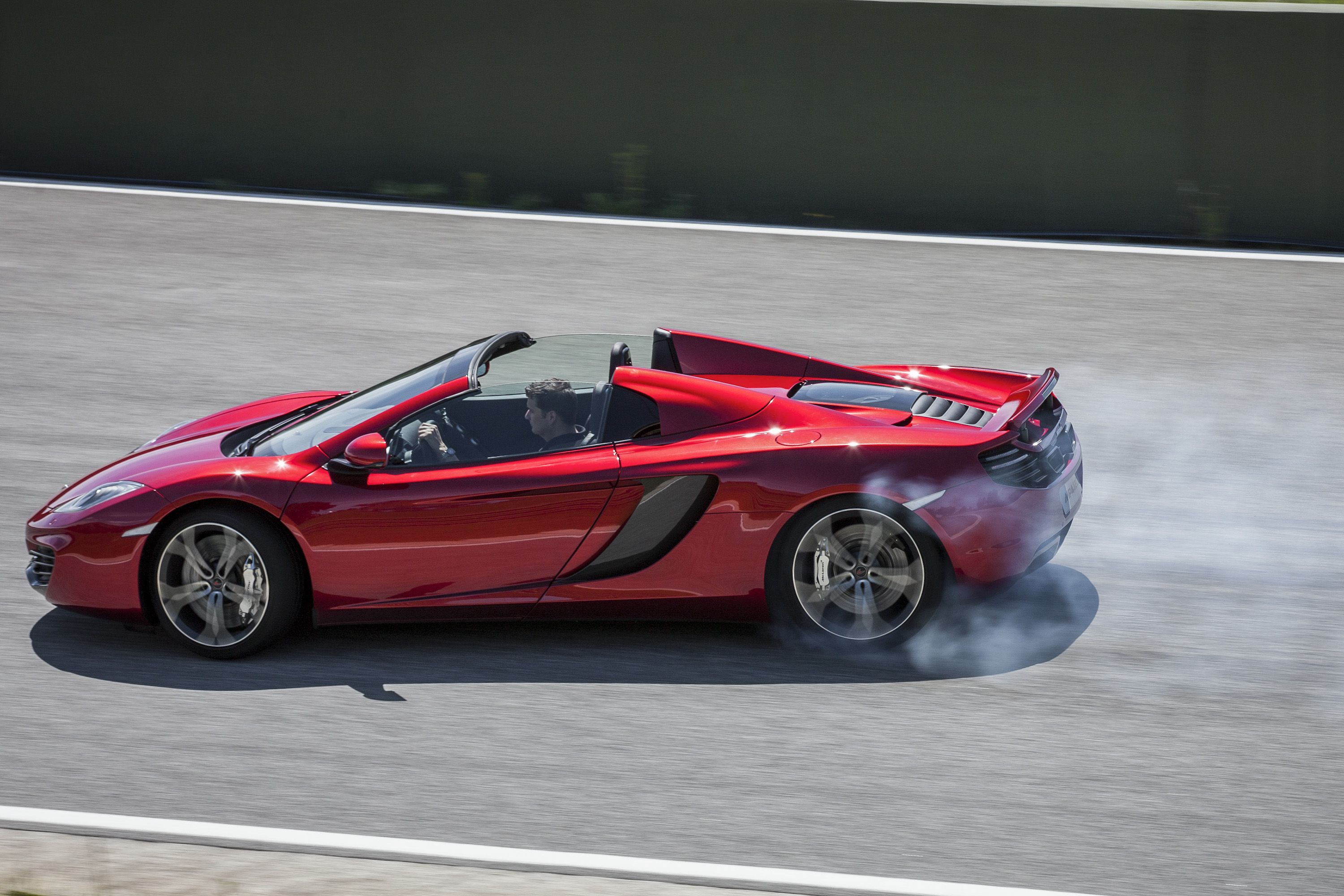 McLaren MP4-12C Spider Side Drifting