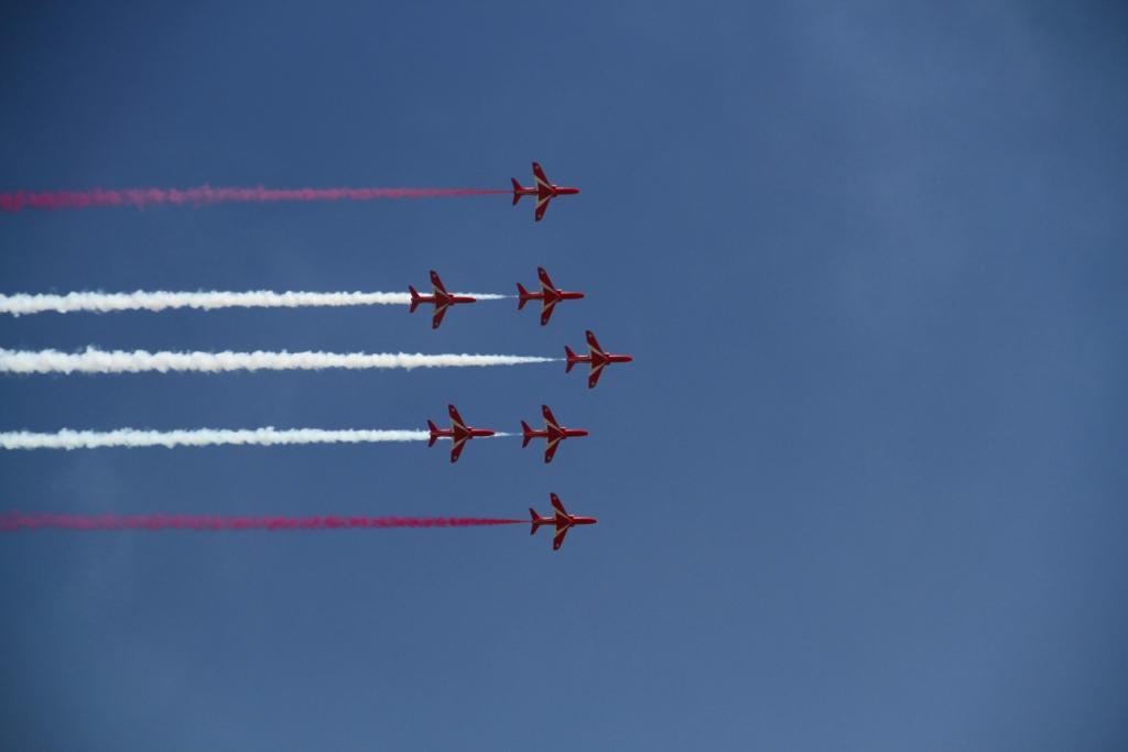 Red Arrows 7 Smoke