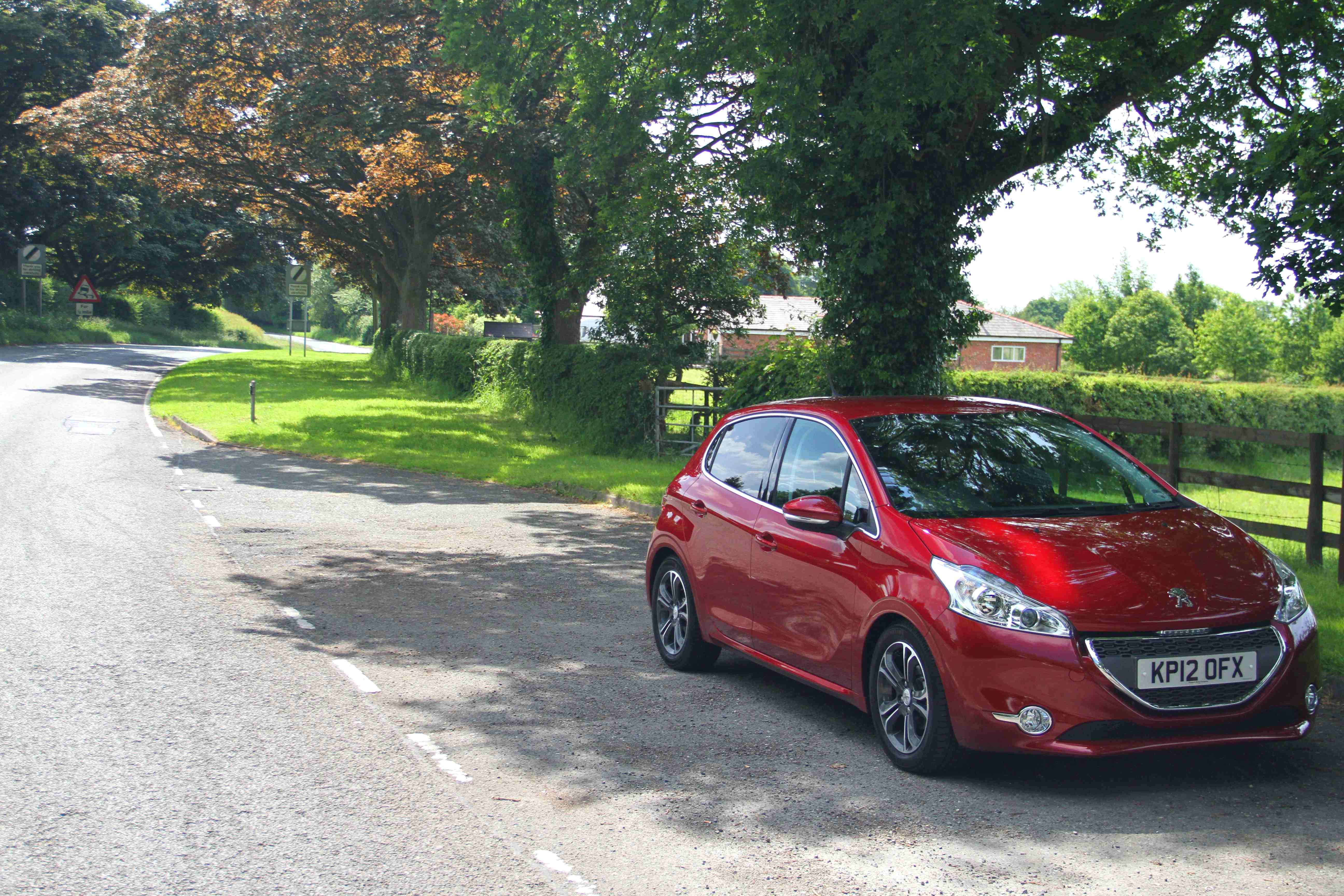 Peugeot 208 Country Road