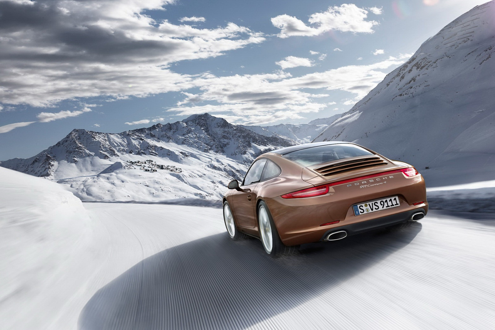 Porsche_911_Carrera_4_11