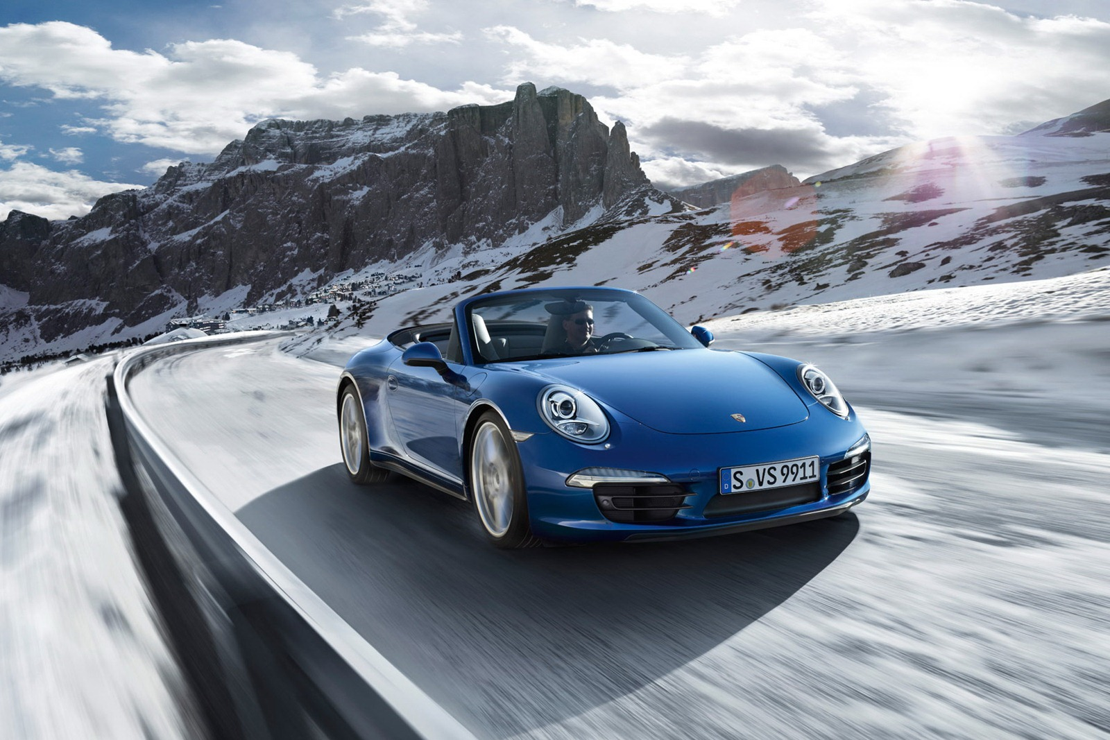 Porsche_911_Carrera_4_17