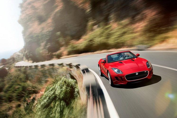 Jaguar_F-Type_Roadster_Driving