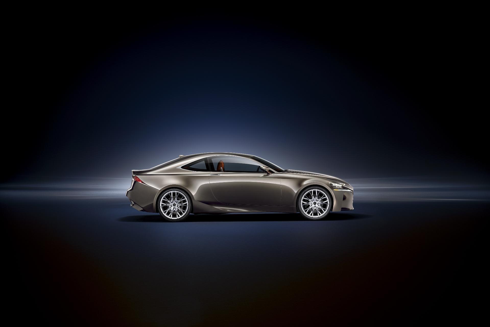Lexus_LF-CC_02