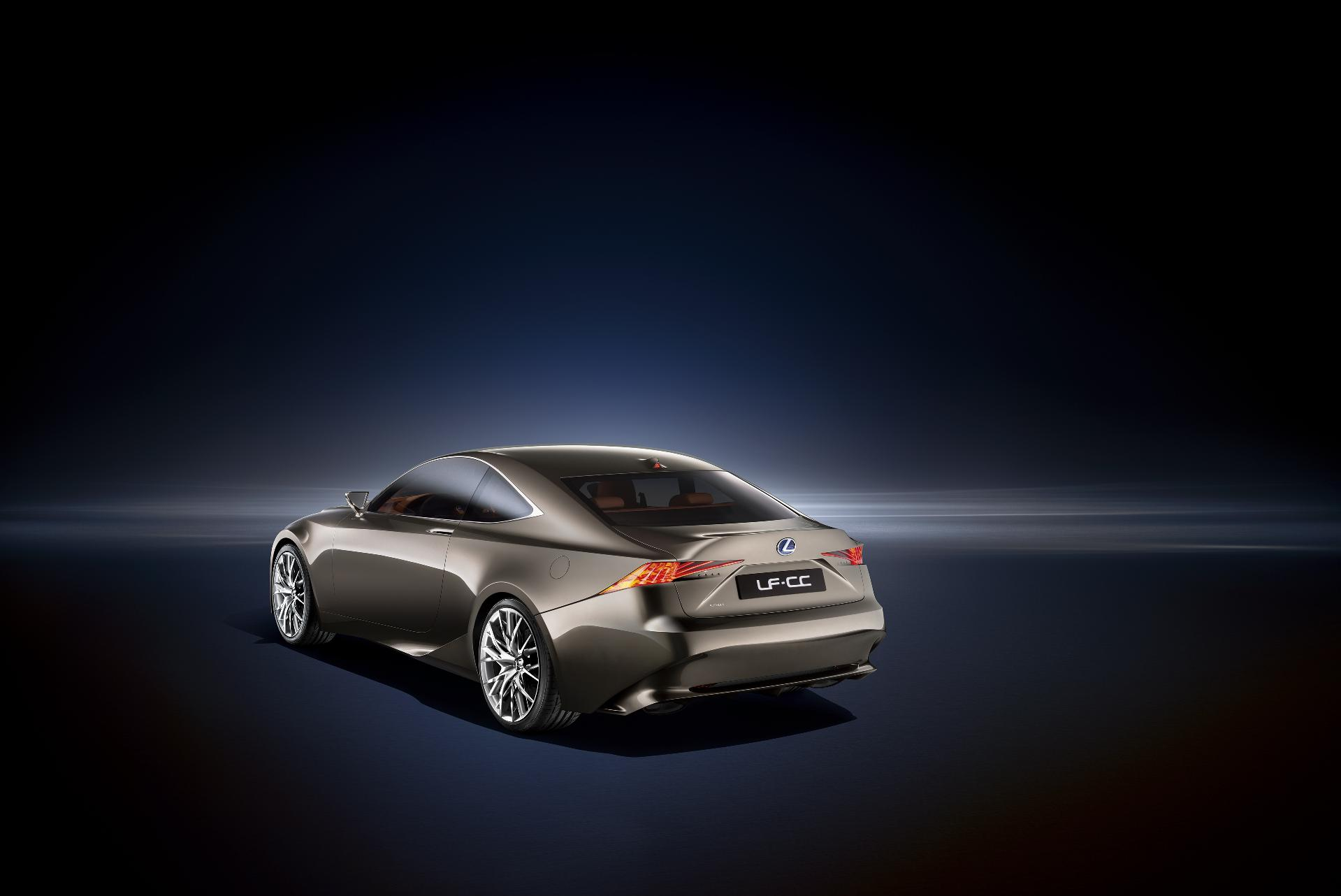 Lexus_LF-CC_03