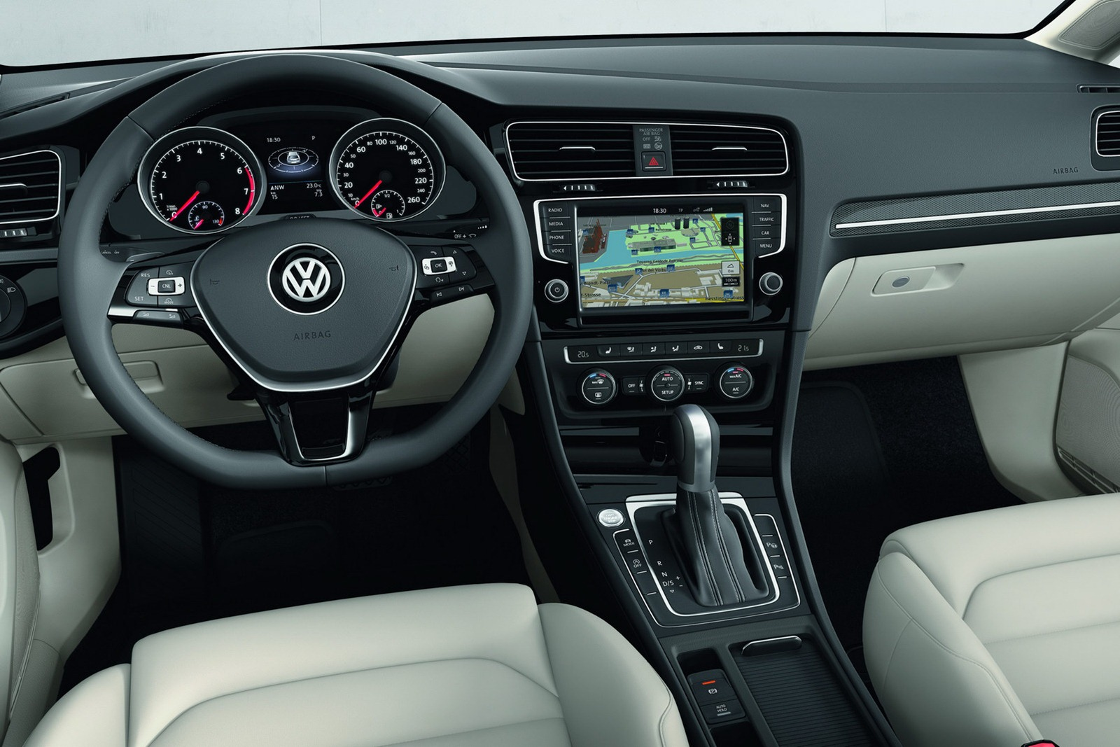 New_VW_Golf_28