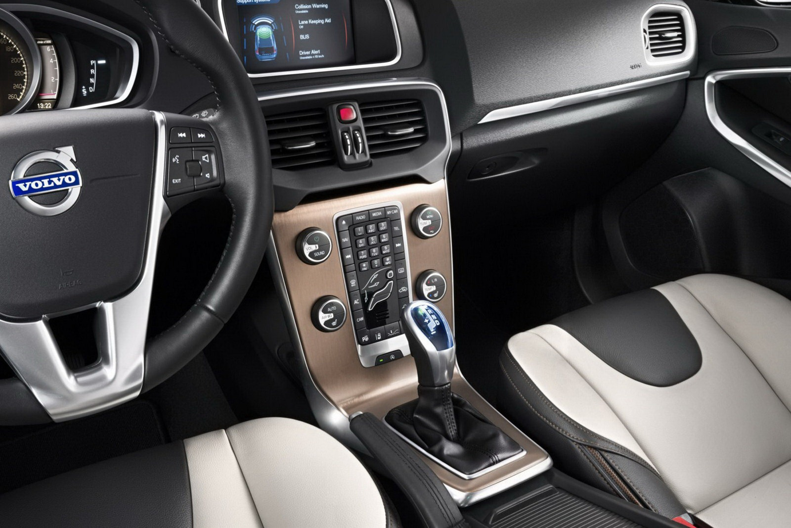 Volvo_V40_Cross_Country_Interior