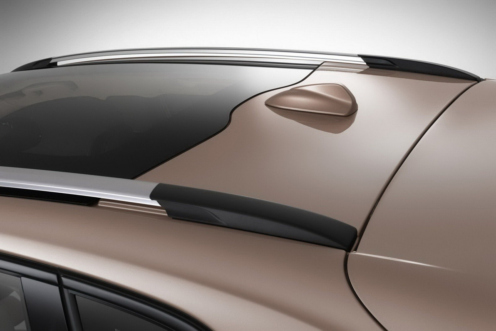 Volvo_V40_Cross_Country_Roof-Rail
