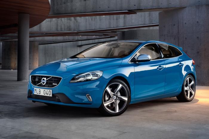 Volvo_V40_R-Design_06