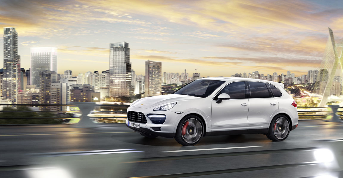 Porsche_Cayenne_Turbo_S_Pan