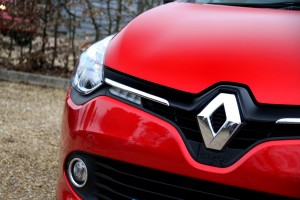 Renault Clio Front Grille