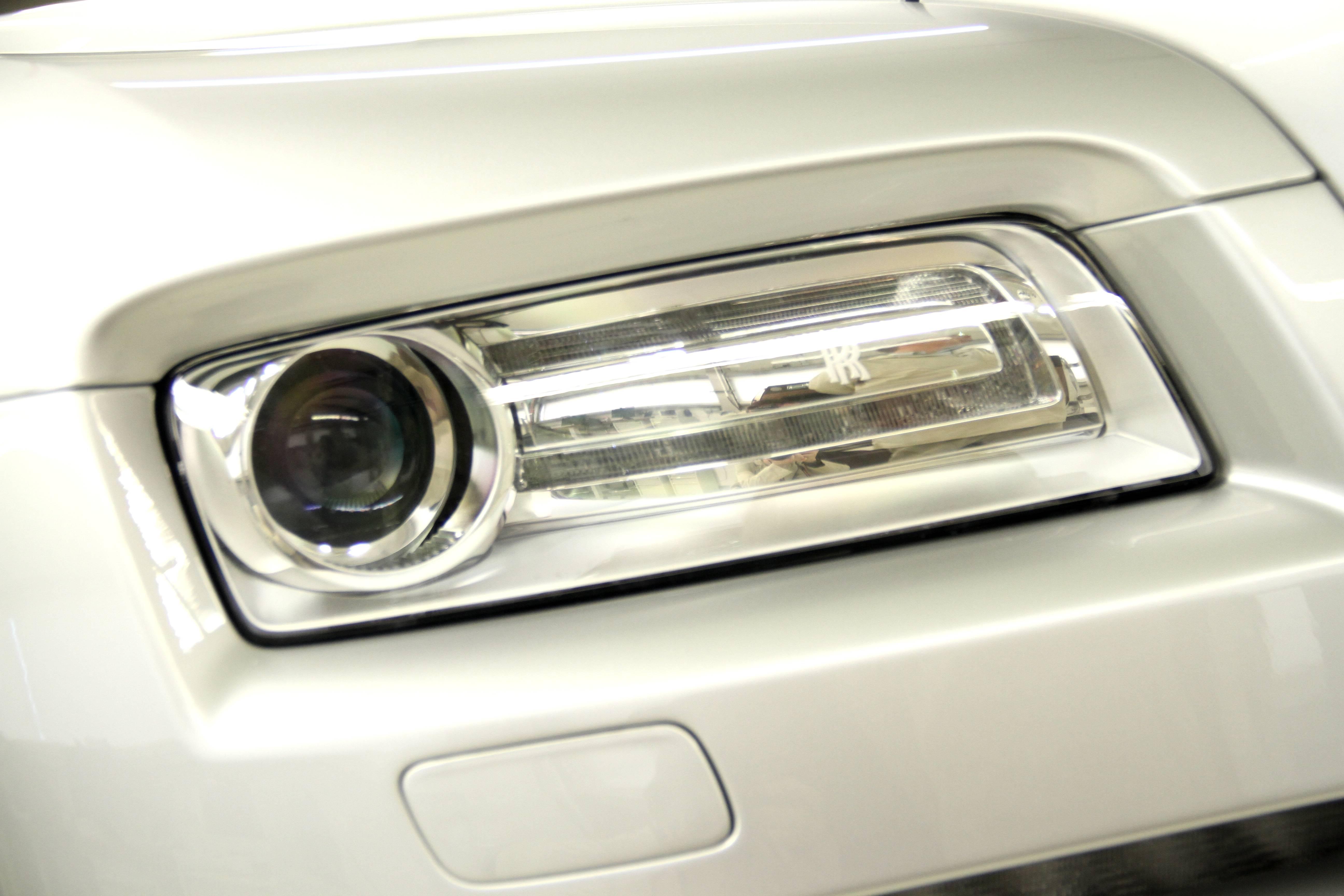 Rolls Royce Wraith Front Light