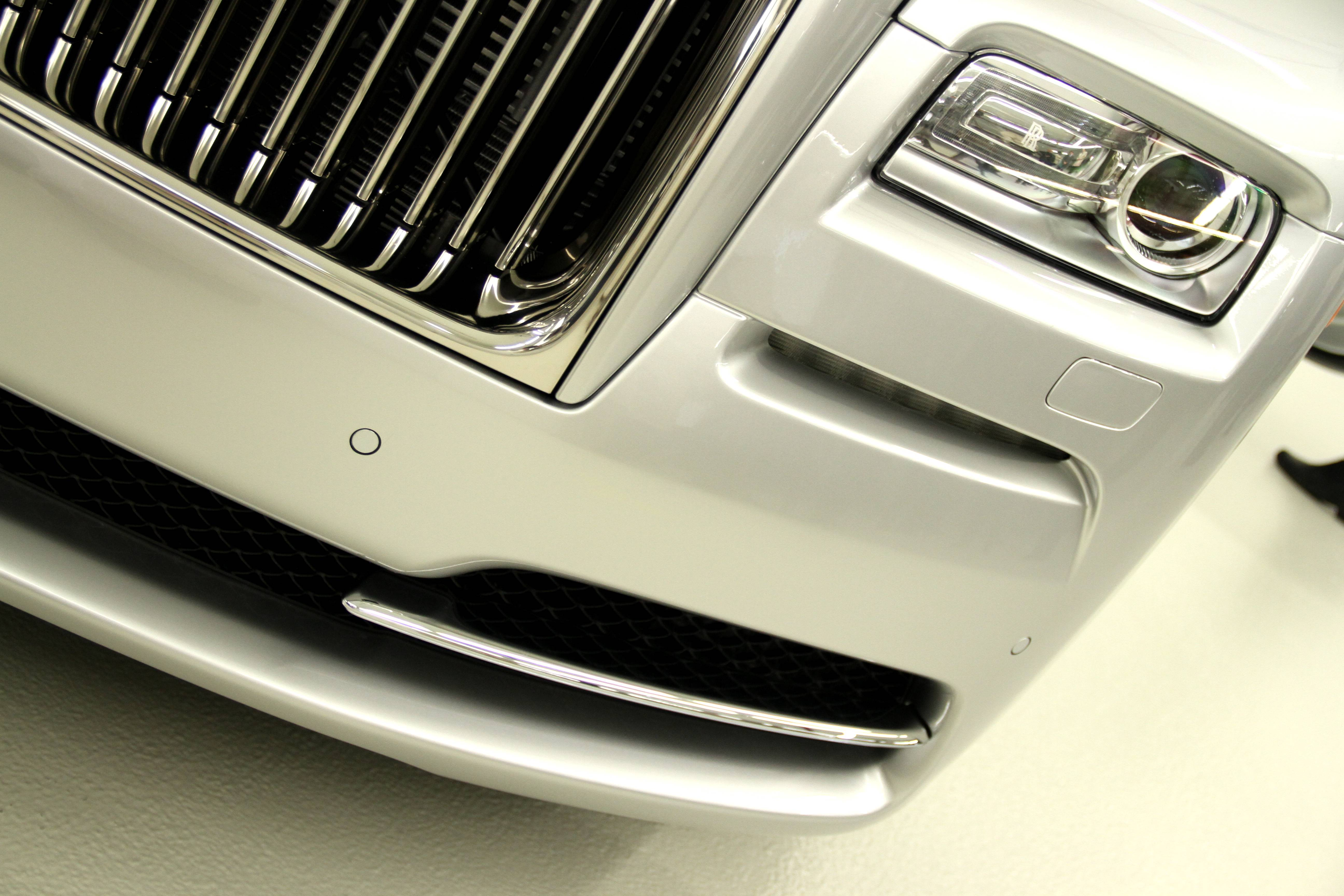 Rolls Royce Wraith Front Wing
