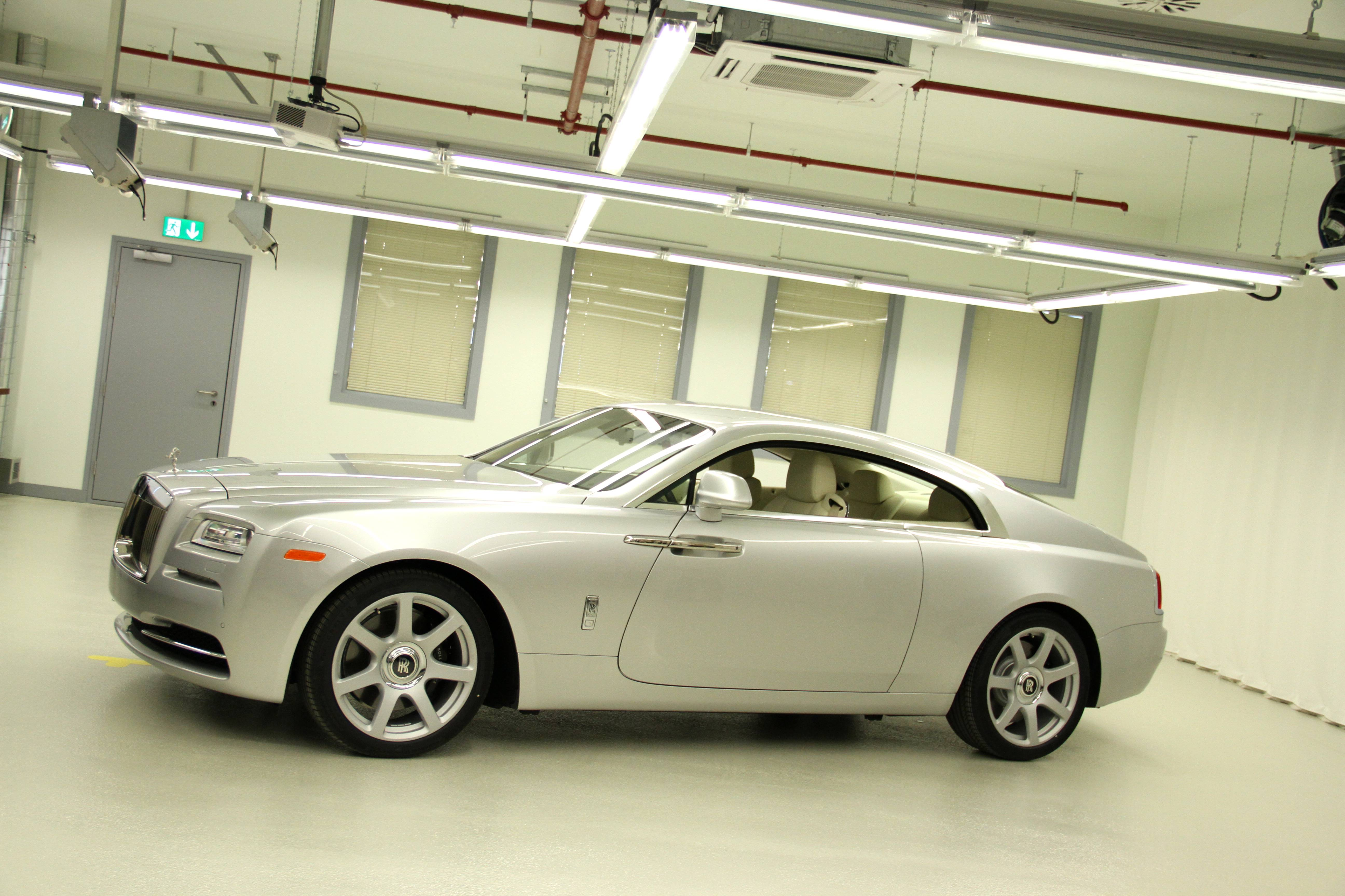 Rolls Royce Wraith Profile