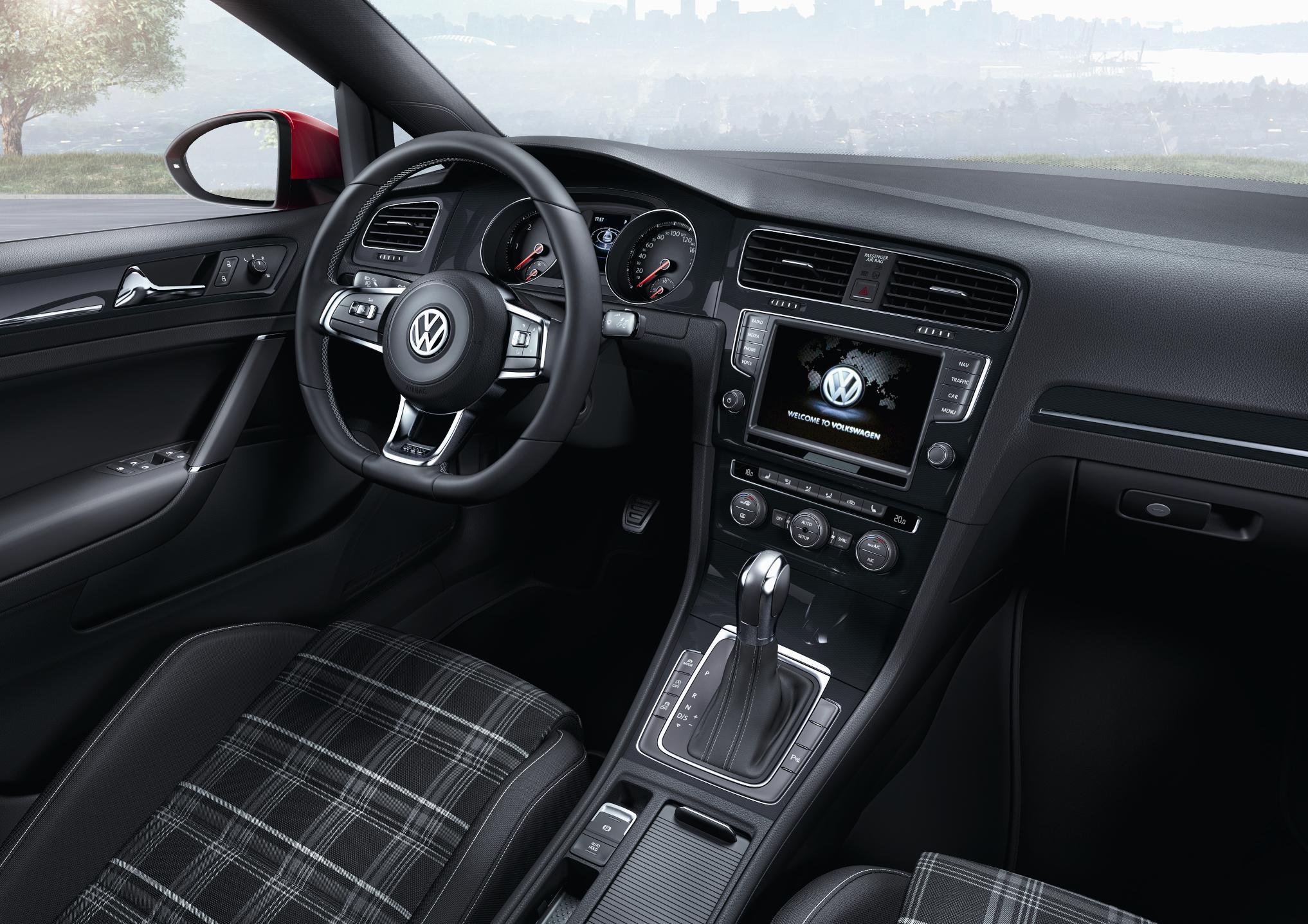 VW Golf GTD 2013 Interior