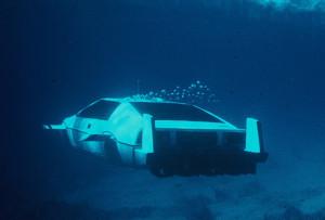 James Bond Lotus Esprit Submarine
