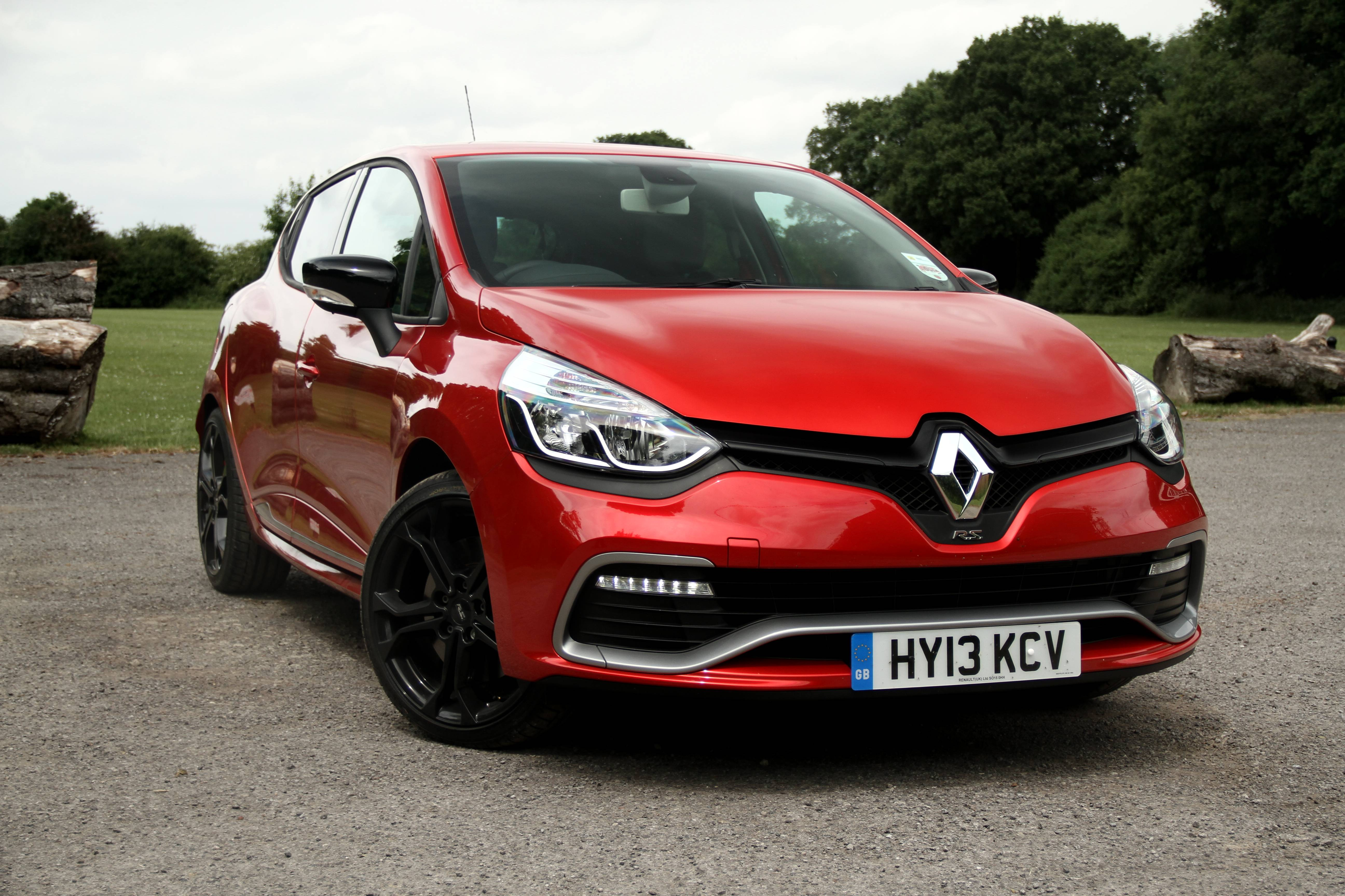 newmotoring gallery renaultsport clio 200 newmotoring. Black Bedroom Furniture Sets. Home Design Ideas
