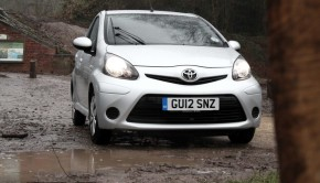Toyota Aygo Ice Featured