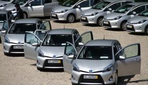 Toyota Yaris Hybrid Featured