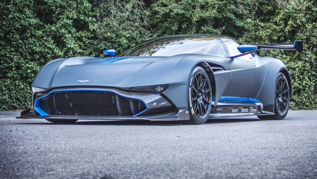 Newmotoring Two Hours Alone With The Aston Martin Vulcan