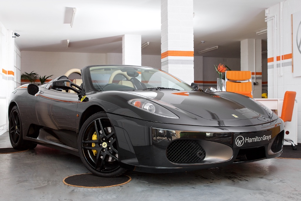 newmotoring celebrate the gear change by buying a manual ferrari f430. Black Bedroom Furniture Sets. Home Design Ideas