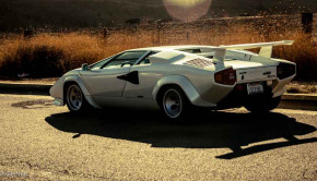 Lamborghini-Countach-Petrolicious