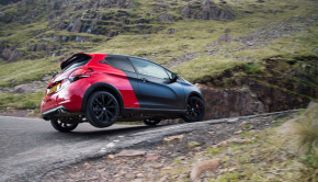 Peugeot-208-GTi-Peugeot-Sport-ECOTY-Dean-Smith