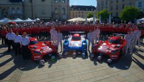 Nissan-LMP1-Le-Mans-Team